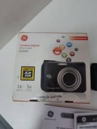 Câmera digital GE 14 megapixels. Informações na descrição