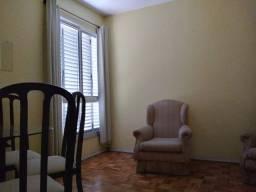 Apartamento dois dormitórios, garagem Bairro Farroupilha