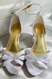 Sapato Feminino Branco DONA ROSA