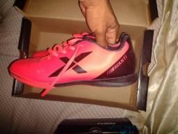 Futsal semi novo Tam 39 valor 60,00