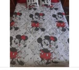 Vendo edredom casal do Mickey