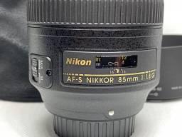 Lente Nikon AF-S Nikkor 85mm 1:1.8g + Filtro UV Hoya Nxtplus