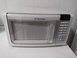 Micro-ondas 23L