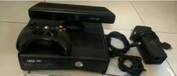 Xbox 360 + Kinect + 1 joystick