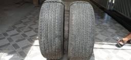 Dois pneus Bridgestone 255/60 r18