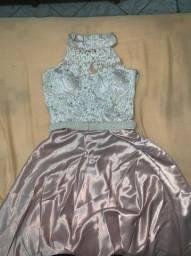 Vestido de Madrinha cor Rosa Queimado. Saia bem longa com faixa bordada à mão