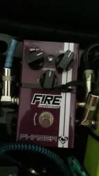Vendo pedal fire Cacau Santos, phaser