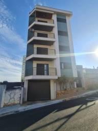 Alugo- Apartamento no Centro