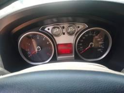 Ford Focus Sedan 09 automático