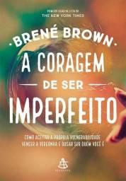 """Livro """"A coragem de ser imperfeito"""""""