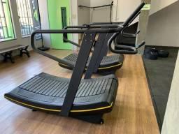 Esteira curva Cross Fit, academia musculação, box funcional,