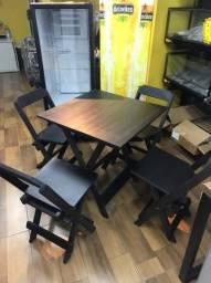 Jogo Mesa de Madeira 70x70 com 4 Cadeiras
