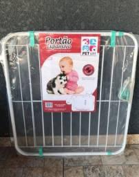 Portão de segurança para cachorros