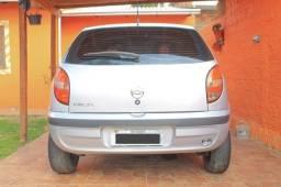 Celta 2001 Ótimo de Mecânica Bom de pneus Só por gasolina e andar