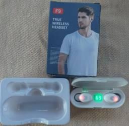 Fone de Ouvido sem Fio F9 TWS com Bluetooth 5 0/Controle Touch/Som Estéreo