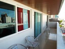 Super Cobertura com 4 quartos sendo 2 suítes, em Tambaú, bem localizada.
