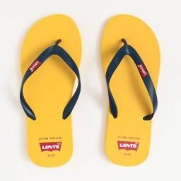 Chinelos Levi's Batwing Flip Flop Unissex Amarelo - Aceito Cartão