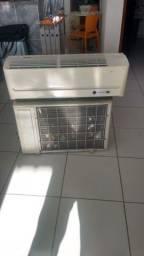 Vendo ar condicionado 18 mil BTus R$ 1300