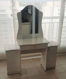 Penteadeira Infantil com gaveta e espelho