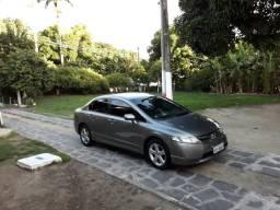 Honda Civic 2008 lindo e bem cuidado. manutenção em dia com comprovantes de tudo novo - 2008