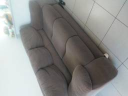 Sofá de 3 lugares por 250 reais
