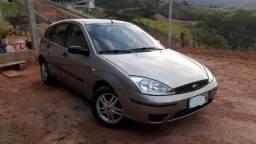Ford Focus vendo ou troco - 2004