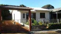 Casa bem localizada, terreno 360 mts2 escritura publica