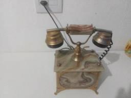 Telefone em mármore antigo
