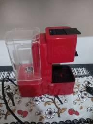 Máquina de Café Três Corações Pop