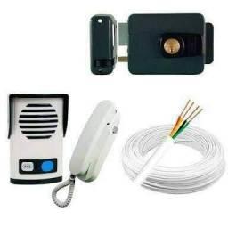 Interfones e fechaduras eletrônicas