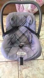 Vende se bebê  conforto