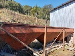 Venda de silo de ferro