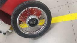 Duas rodas zerada da biz uma completa e outra so a jance