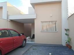 Casa 03qtos com suite  100 metros da prefeitura c/ planejados