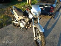 Vendo Honda nx4 Falcon 2008