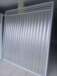 Portão em Lambril Galvanizado e Alumínio Branco