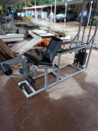 Cadeira/mesa flexora profissional