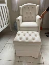 Cadeira amamentação + Puff