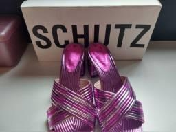 Tamanco SCHUTZ nunca usado