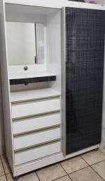 Guarda roupa uma porta quatro gavetas
