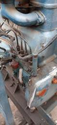 Motor com bomba acoplada