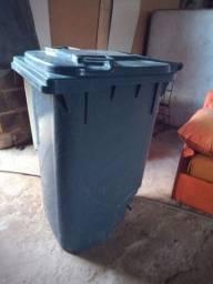 Carrinho para transportar lixo novo