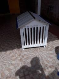 Vendo essa casinha pra cães e gatos novinha obs não faço entrega aceito cartão pix