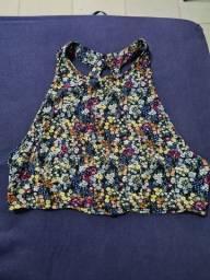 Cropped florido, costa decotada, tamanho p (veste M tb), FOREVER 21