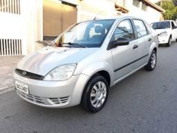 Fiesta Sedan 1.0 2005 - aceito troca