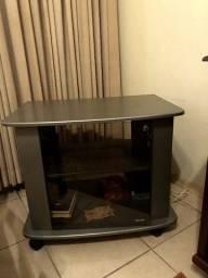 Rack simples para TV com porta de vidro