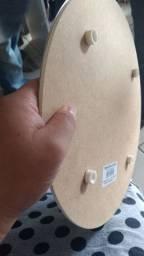 Tabuleiro de bolo 30 centímetros de diametro com base de alumínio