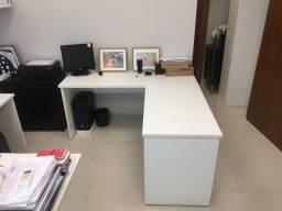 """Mesa em """"L"""" para escritório, Ótimo estado, Resistentes e Sem defeitos - Última unidade!"""
