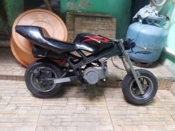 Mini moto a gasolina e óleo dois tempos