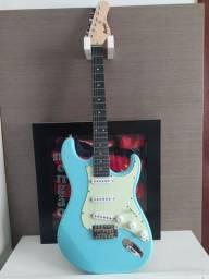 Guitarra Memphis MG 30 - Strato + ACESSÓRIOS